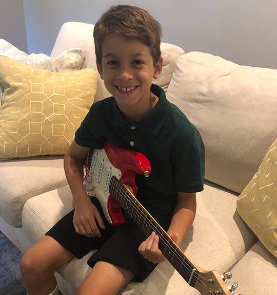 student-guitar2